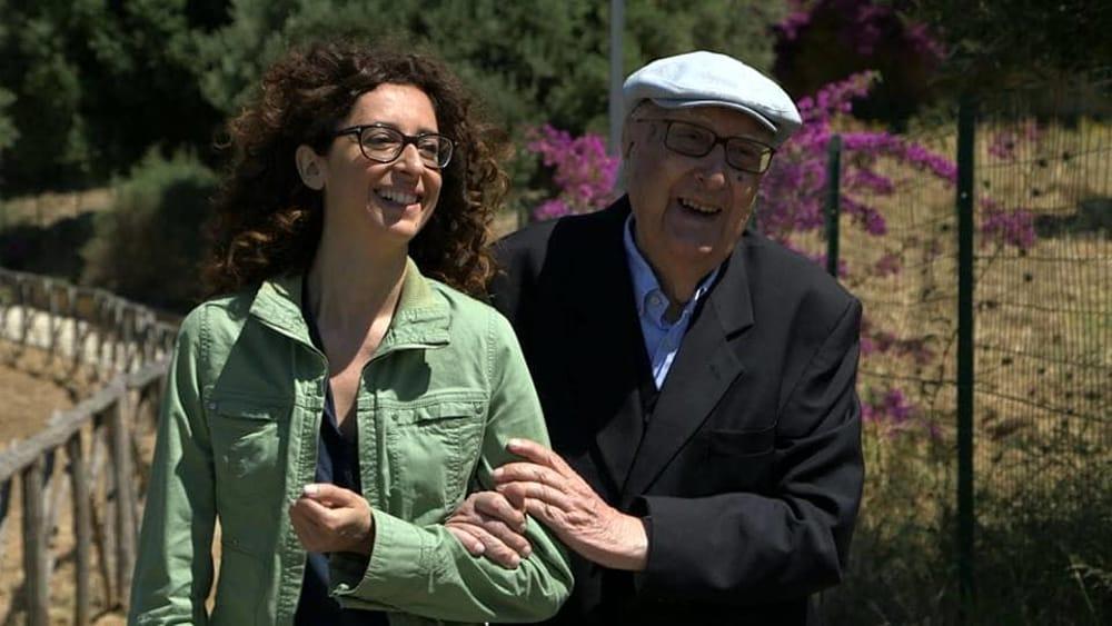 """Teresa Mannino in città, l'attrice pronta a """"raccontare"""" Andrea Camilleri"""""""